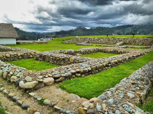 Lugares turísticos del Ecuador: La antigua ciudad inca de Pumapungo –la puerta del puma– era la más hermosa de Cuzco.