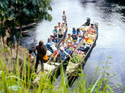 AMAZON RIVER HISTORY & INTERESTING FACTS [ECUADOR]: The first Cuyabeno ecotour in 1986 sets off.